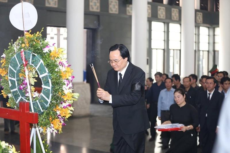 Dòng người nghẹn ngào tiễn biệt Thứ trưởng Lê Hải An - ảnh 4