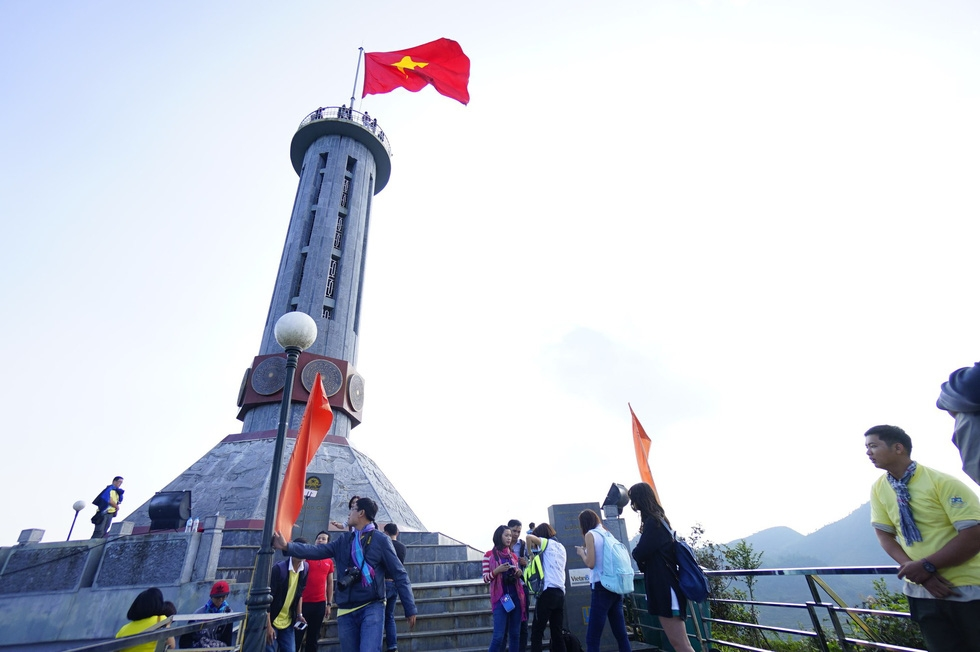 Khu du lịch ở Lũng Cú: Bộ Văn hóa không khuyến khích làm du lịch tâm linh - Ảnh 3.