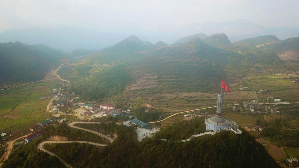 Khu du lịch ở Lũng Cú: Bộ Văn hóa không khuyến khích làm du lịch tâm linh - Ảnh 7.