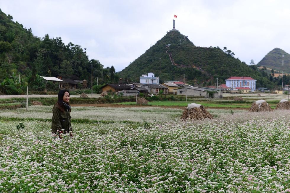 Khu du lịch ở Lũng Cú: Bộ Văn hóa không khuyến khích làm du lịch tâm linh - Ảnh 8.
