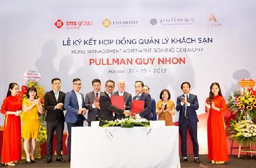 Lễ ký kết đánh dấu sự ra đời của khách sạn 5 sao thương hiệu quốc tế đầu tiên tại Bình Định.