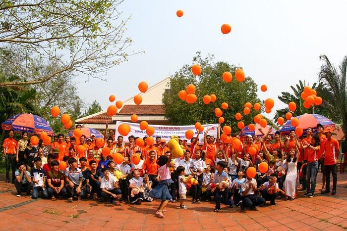Hành trình 20 năm Tôn Đông Á chia sẻ thành công với xã hội - Ảnh 2.