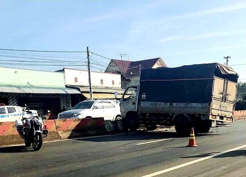 Công an Bình Phước truy đuổi kẻ trộm ô tô tải hơn 20km - ảnh 1