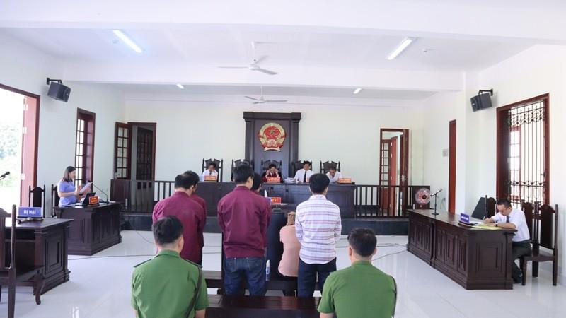 Nhóm lừa đảo kiểu đa cấp tại Bình Phước lãnh 50 năm tù - ảnh 2