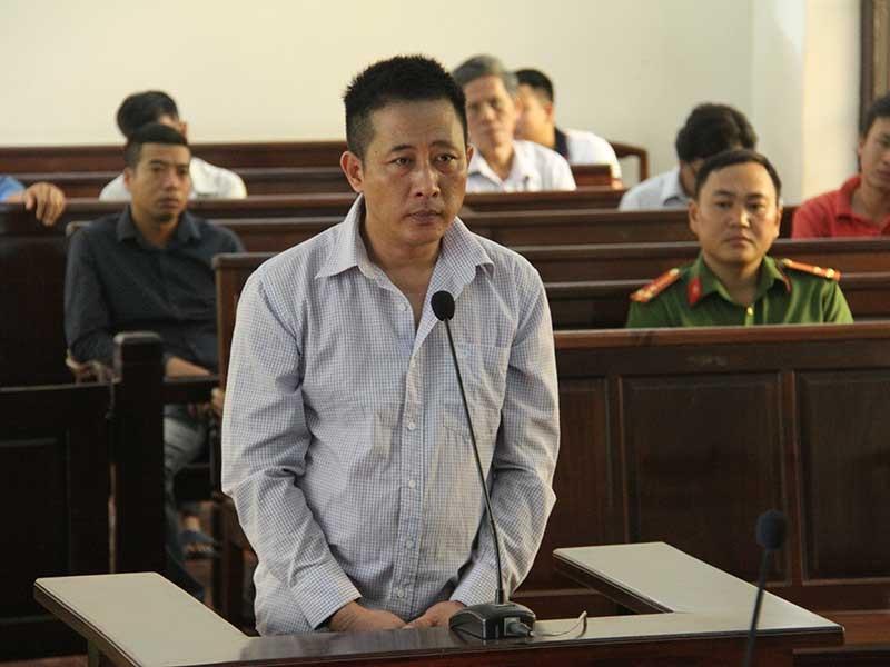 Tòa nói về vụ CSGT bắn chết người chỉ bị 18 năm tù - ảnh 1