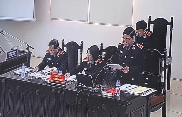 Vụ AVG: Tòa bác kiến nghị xử kín, Viện kiểm sát đang công bố cáo trạng - Ảnh 7.