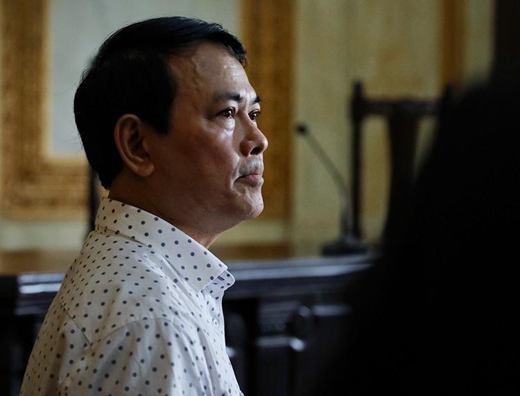 Nguyễn Hữu Linh trong lúc nghe bản án phúc thẩm, tháng 11/2019. Ảnh: Hữu Khoa.