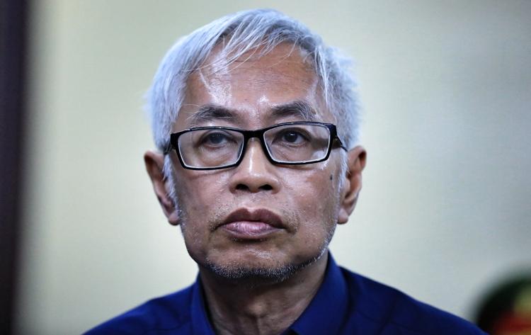 Ông Trần Phương Bình trong lần ra tòa hồi năm ngoái. Ảnh: Hữu Khoa.
