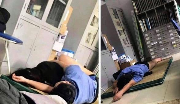 Vụ 'bác sĩ ôm nữ sinh viên ngủ trong ca trực': Chỉ là vô thức - Ảnh 1.