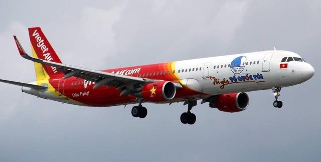 Hàng trăm vé máy bay được miễn phí cho sinh viên, thanh niên nghèo về quê ăn Tết