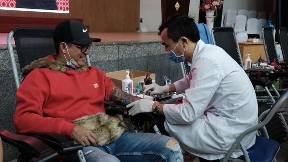 Bảo vệ người hiến máu trong mùa dịch - Ảnh 1.