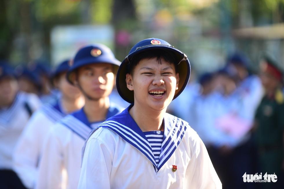 Hơn 4.000 thanh niên TP.HCM lên đường tòng quân - Ảnh 10.