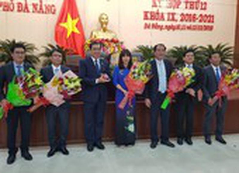 HĐND TP Đà Nẵng miễn nhiệm và bầu nhiều chức danh