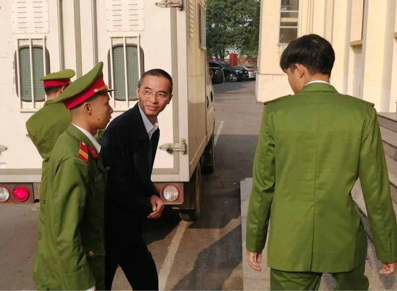 Thuộc cấp của cựu bộ trưởng Trương Minh Tuấn hầu tòa - ảnh 1