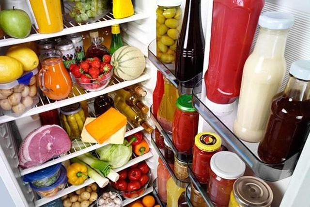 An toàn vệ sinh thực phẩm và dự trữ thực phẩm Tết là nỗi bận tâm lớn của mọi gia đình trong dịp lễ Tết
