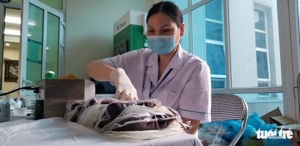 Công an Hà Nội bắt đầu hiến máu trong 10 ngày - Ảnh 6.