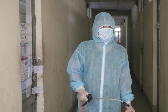 TP.HCM ban hành bộ tiêu chí rủi ro lây nhiễm COVID-19 tại bệnh viện - Ảnh 1.