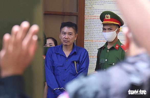 Đề nghị cựu trưởng phòng và chuyên viên khảo thí Sơn La mỗi người 23 -25 năm tù - Ảnh 1.