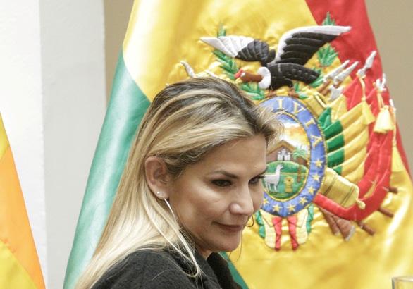 COVID-19 ngày 10-7: Nữ Tổng thống xinh đẹp của Bolivia mắc COVID-19 - Ảnh 1.