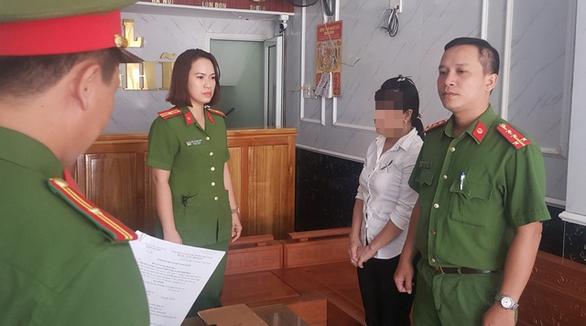 Bắt giam một quản lý khách sạn dành phòng riêng cho khách chơi ma túy - Ảnh 1.
