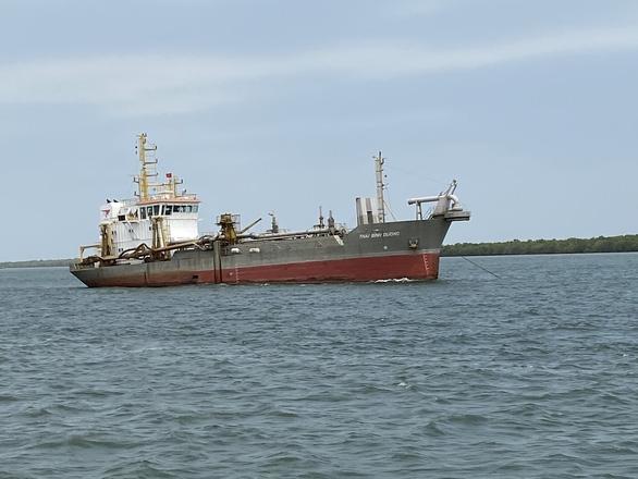 Luồng Soài Rạp chính thức cho tàu biển 30.000 tấn về TP.HCM, Long An - Ảnh 1.