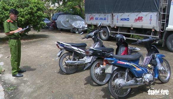 Bắt nhóm siêu trộm nhí gây ra 17 vụ trộm xe máy ở Tiền Giang - Ảnh 2.