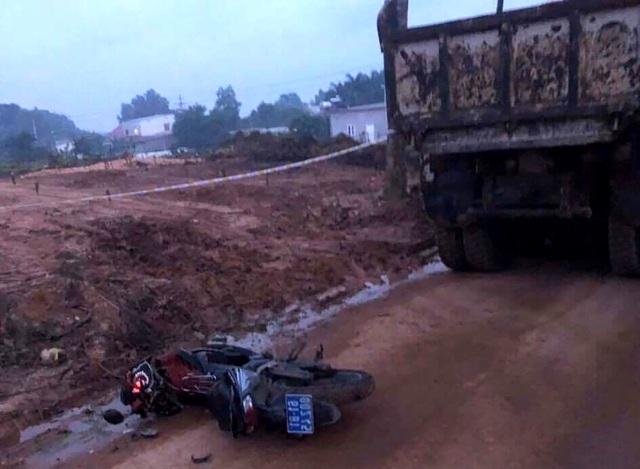 Khai thác khoáng sản trái phép, công ty của cựu CSGT bị điều tra - 2