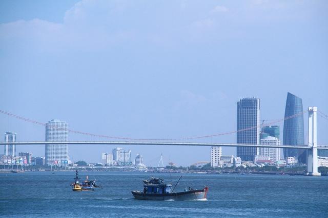 Khai thác, sử dụng biển ở Đà Nẵng phải trả tiền - Ảnh 1.