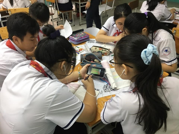 TP.HCM: Học sinh ngồi giãn cách, không kiểm tra học kỳ 1 ngày Giáng sinh - Ảnh 1.