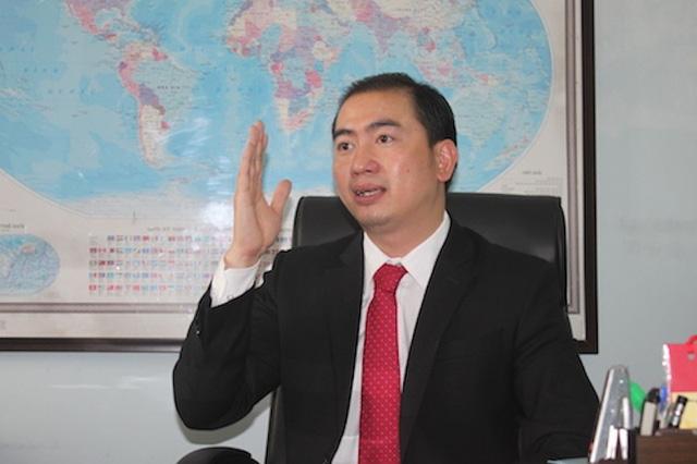 Luật sư Trương Anh Tú cho rằng, trong vụ việc này, ngân hàng phải có trách nhiệm bồi thường tiền cho khách mà không phải thông qua toà án