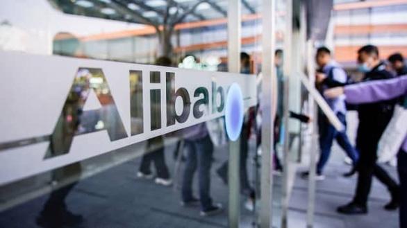 Trung Quốc điều tra chống độc quyền Alibaba, tỉ phú Jack Ma dính 'đòn kép' - Ảnh 1.