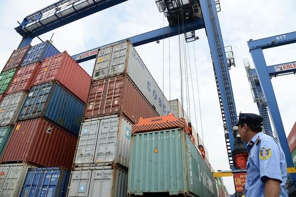 Chuyện khó tin: Xuất khẩu nông sản Việt giảm hơn một nửa vì thiếu... container - Ảnh 1.