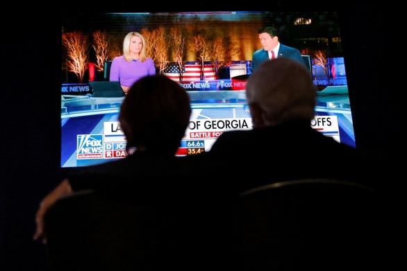 Cập nhật bầu cử Thượng viện ở Georgia: Ứng viên Cộng hòa vươn lên dẫn trước - Ảnh 1.