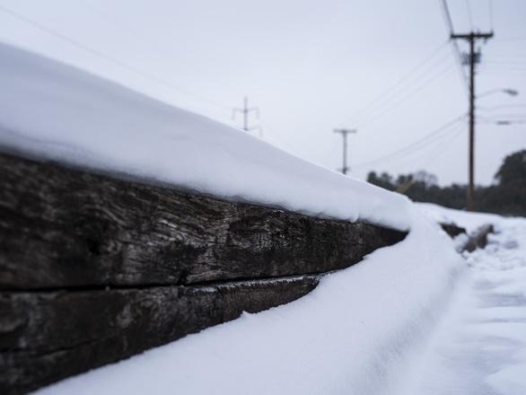 2,7 triệu hộ dân Texas mất điện, 31 người Mỹ chết do bão mùa đông - Ảnh 2.