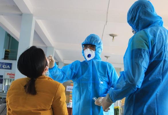 TP.HCM tìm được thêm một người nhập cảnh lậu cùng bệnh nhân 2580 - Ảnh 1.
