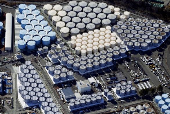 Nhật sẽ xả 1 triệu tấn nước thải hạt nhân ra biển - Ảnh 1.
