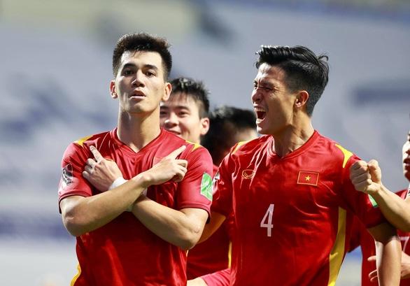 Indonesia đá xấu xí, Việt Nam vẫn đại thắng 4-0 - Ảnh 1.