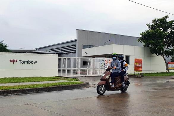 Công nhân tại Khu công nghiệp Amata âm tính lần 2, hơn 850 lao động có thể trở lại làm việc - Ảnh 1.