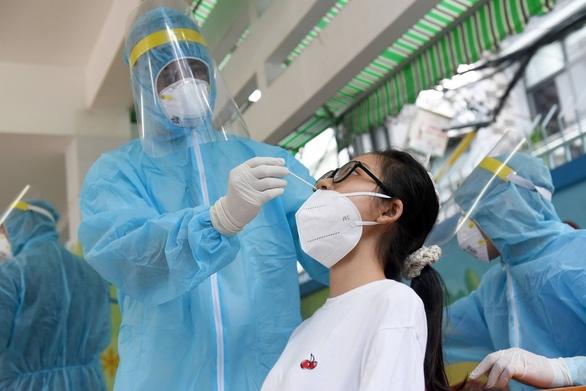 Tất cả quận huyện và TP Thủ Đức đều đã có ca nhiễm COVID-19 - Ảnh 1.