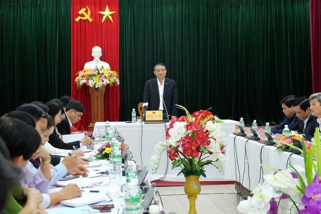 Ông Trương Quang Nghĩa - Bí thư Thành ủy Đà Nẵng chủ trì buổi làm việc tại Quận ủy Quận Thanh Khê sáng 1/3