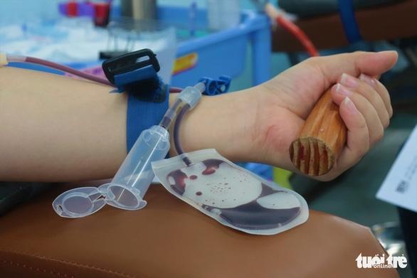 TP.HCM thiếu máu nghiêm trọng, chỉ đạt 1/10 lượng máu cấp cho bệnh viện - Ảnh 1.