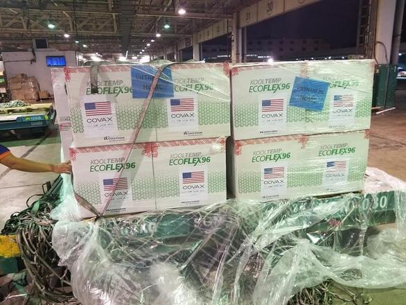 Sáng 25-7: Thêm 3.973 ca COVID-19, 3 triệu liều vắc xin Moderna về đến Việt Nam - Ảnh 1.