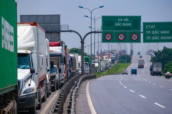 Phải xây dựng quy trình vận chuyển hàng hóa bài bản do dịch còn phức tạp - Ảnh 1.