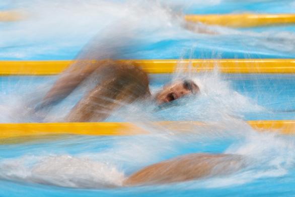 Huy Hoàng về đích thứ 5 ở đợt bơi vòng loại thứ ba 1500m tự do nam - Ảnh 1.