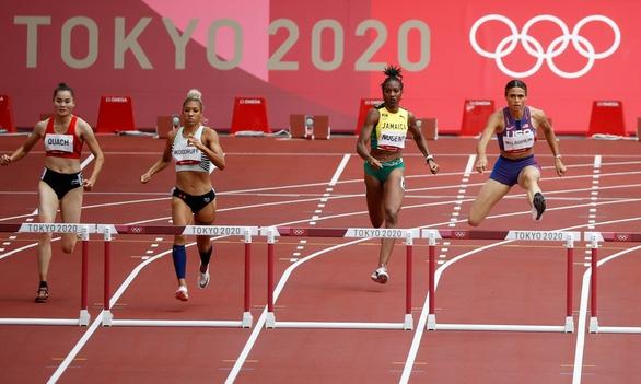 Quách Thị Lan vào bán kết 400m rào nữ tại Olympic 2020 - Ảnh 2.