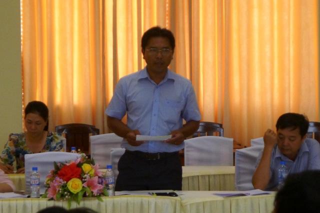 Trước sự chậm trễ đống đập tạm kênh 6, ông Trần Bình Trọng - Trưởng phòng Kinh tế hạ tầng huyện Kiên Lương xin lỗi người dân