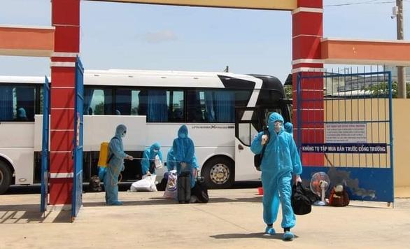 Long An đề nghị Cần Thơ và 8 tỉnh miền Tây đưa 31 người đang được tỉnh cưu mang về quê - Ảnh 1.