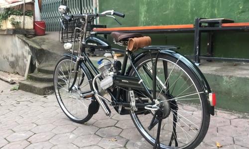 Chiêm ngưỡng xe máy cổ Honda sản xuất 1947 như mới