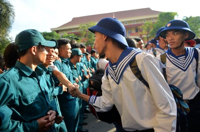 Gần 5.000 tân binh TP.HCM vào quân ngũ - Ảnh 3.