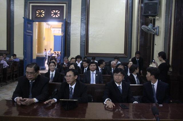 Các luật sư kiến nghị triệu tập lãnh đạo TAND Cấp cao tại TPHCM.